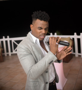 Singer Dwane Antonio in fine form as he serenades dinner guests at Vivica A. Fox's Jamaican Birthday Getaway.