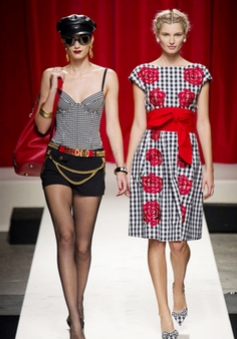Moschino To Headline Caribbean Fashion Showcase Ocean Style